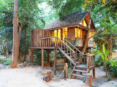 Photo for Riverview/Rimtarn cottage Treehouse