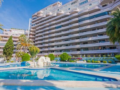 Photo for Apartment 1.3 km from the center of Calp with Internet, Washing machine, Pool, Balcony (491533)