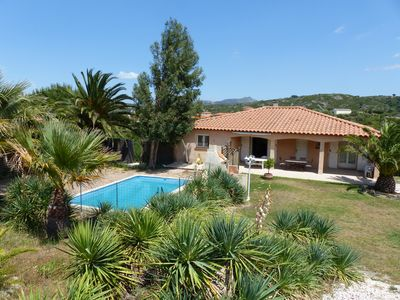 Photo for Peaceful house with a large garden and pool near Perpignan