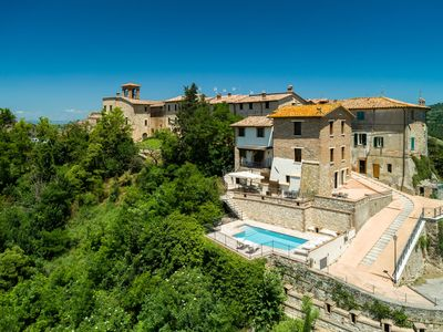 Photo for Holiday house with pool and fantastic views