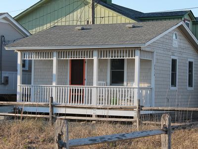 Photo for Charmingly Renovated Vintage Studio Cottage with Easy Beach Access!
