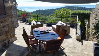 Photo for Villa for 7-8 people in Bormes-les-Mimosas, on Gaou Benat estate; with sea views