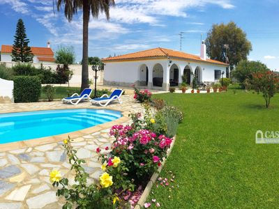 Photo for Comfortable holiday villa with private pool and large garden, sleeps 6.