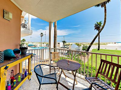 Photo for Grand Beach Resort 1BR w/ Gulf-View Patio, Across the Street from Beach