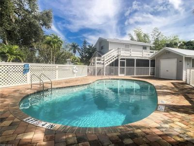 Photo for Private Hideaway in Pine Island community Pool and Marina a few steps away.
