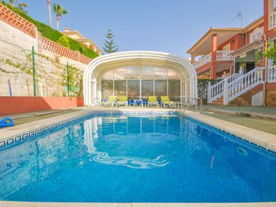 Photo for Spectacular Villa 10min walk from the beach with private pool