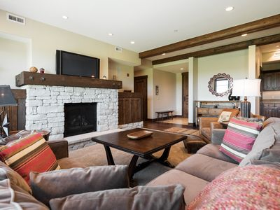 Photo for Luxury condo with golf course views, on-site chairlift, concierge service and winter shuttle