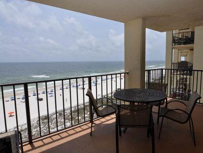 Beautiful Beach Front direct view from wrap around balcony