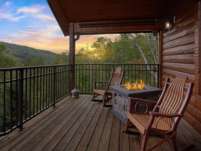 Photo for BRAND NEW 1 Bedroom Cabin Loaded with Amenities and Views