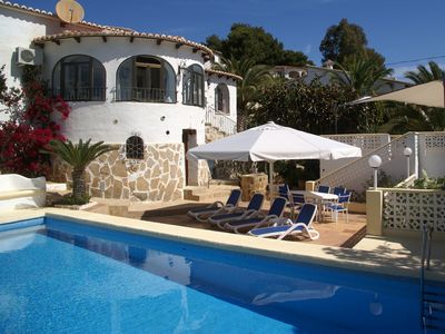 Photo for Gorgeous villa with XL pool, 4 terraces and seaview