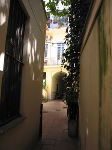 Photo for Charming and quiet apartment in the very heart of Trastevere, Rome