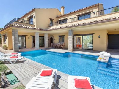 Photo for Vacation home Villa del mar in L'Ametlla de Mar - 8 persons, 4 bedrooms