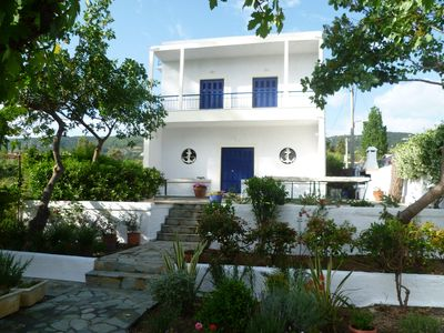 Photo for Idyllic holiday home by the beach near Athens