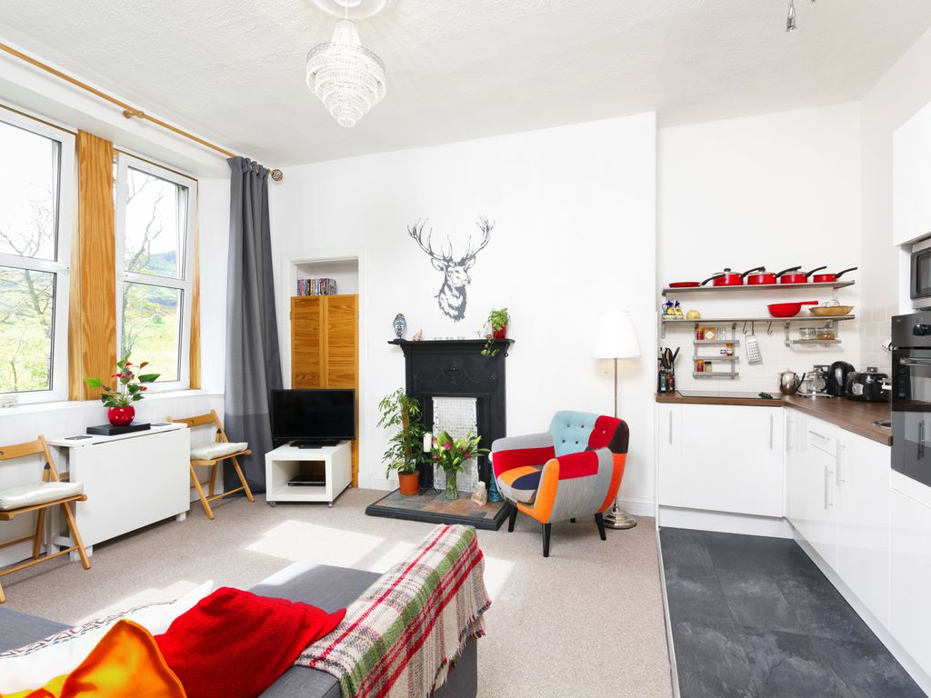 Royal Mile 5 mins walk, FREE parking/Wifi. Central, quiet with spectacular views
