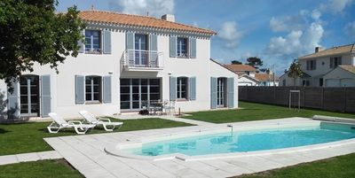 Photo for Luxury villa with private heated pool sleeps 8