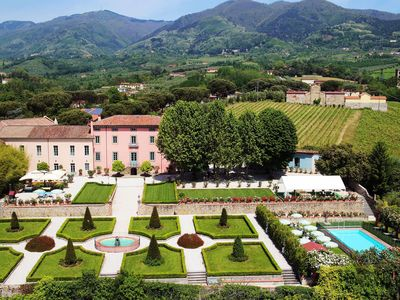 Photo for The Covent Garden, magnificent property in Tuscany, with 11 bedrooms, up to 27 sleeps.