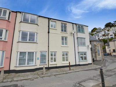 Photo for Vacation home Seaview in Looe - 5 persons, 3 bedrooms