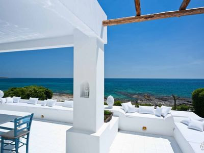 Photo for 2 bedroom Villa, sleeps 4 in Fontane Bianche with Air Con and WiFi