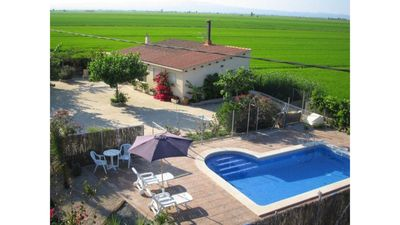 Photo for Rural house with pool, garden and barbecue located in the Ebro Delta.