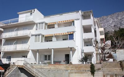 Photo for Apartment in Nemira (Omiš), capacity 4+2