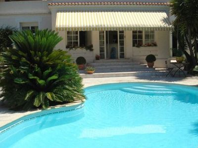 Photo for Luxury villa with pool, near Croisette and beach, 6 people