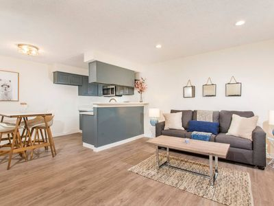 Photo for Beautiful 1 Bd Apt Newly Renovated!