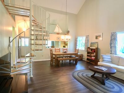 Photo for Patio style with loft, private & secluded, 2BR & Loft, Central A/C - AL0530