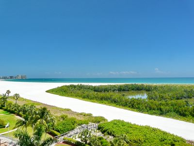 Photo for Inviting condo on Tigertail Beach w/ heated pool & tennis courts