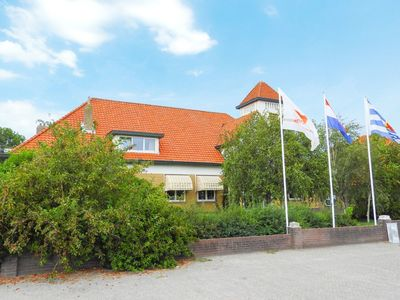 Photo for Ten-person luxury holiday home in Groede, 2 km from the North Sea