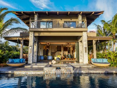 Photo for Beach Front Modern Villa in South Maui | 5,700 Sq. Ft. | 5 Bedrooms | Pool & Spa