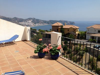 Photo for Wonderful open plan appartment with 5+1 bed. Large terras with sea view