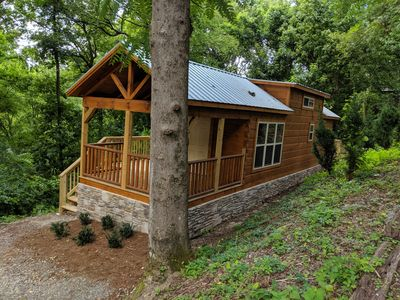 Eden Cabin: Tiny Log home, Lookout Mtn, City-side