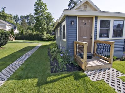 Newly Renovated Beach Cottage Across From Million Dollar Beach!