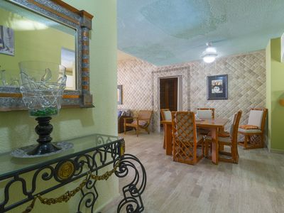 Home with 3 bedrooms and pool, the best zone of cancun,close to the Hotel Zone.