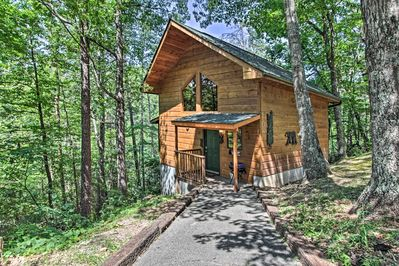 Treat yourself to a sweet retreat at this charming cabin nestled in Gatlinburg.