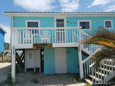 Anchors Away! Oceanfront and relaxing home for your beach vacation.