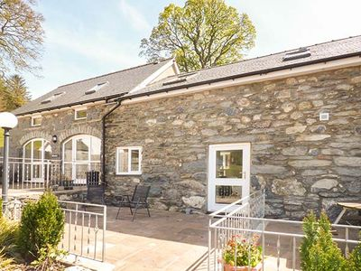 Photo for ARAN, pet friendly, character holiday cottage in Bala, Ref 933594