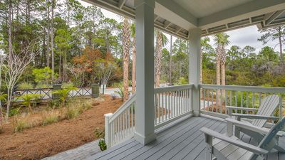 Front Porch and lots of Privacy