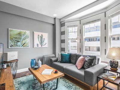 Photo for Spacious Lower Pacific Heights Studio w/ Washer by Blueground