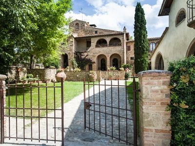 Photo for Villa Gelsomino, charme in the Chianti hills