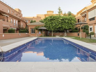 Photo for 2 bedroom Apartment, sleeps 6 with Pool and Walk to Beach & Shops