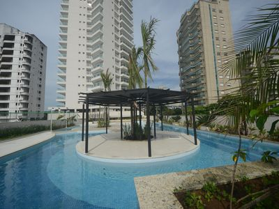 Photo for Excellent apartment in Guarujá