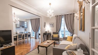 Welcome home to the luxurious Monthélie Paris apartment