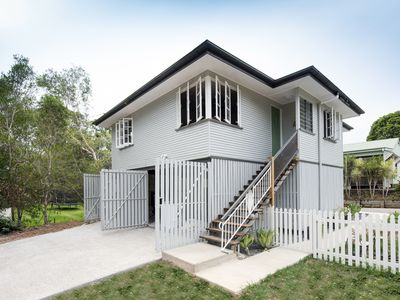 Photo for Whip bird Cottage in the heart of Eumundi