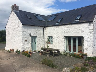 Photo for Large spacious Cottage in coastal location, sleeps up to 12 in 4 bedrooms