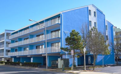 Photo for Surfside 60 Unit 303-Oceanside 60th St, Free WiFi, W/D, AC