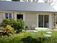 Very comfortable, well-equipped cottage providing excellent-value holiday accommodation.