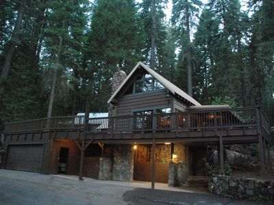 Photo for Come Home to the Big Pine Cabin at Yosemite Forest Lodge!