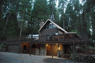 Enjoy this family-friendly cabin surrounded by tall pines