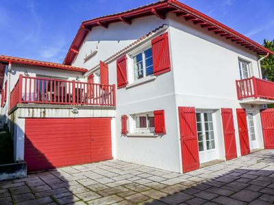 Photo for Beautiful private villa for 11 people with WIFI, TV, balcony and parking